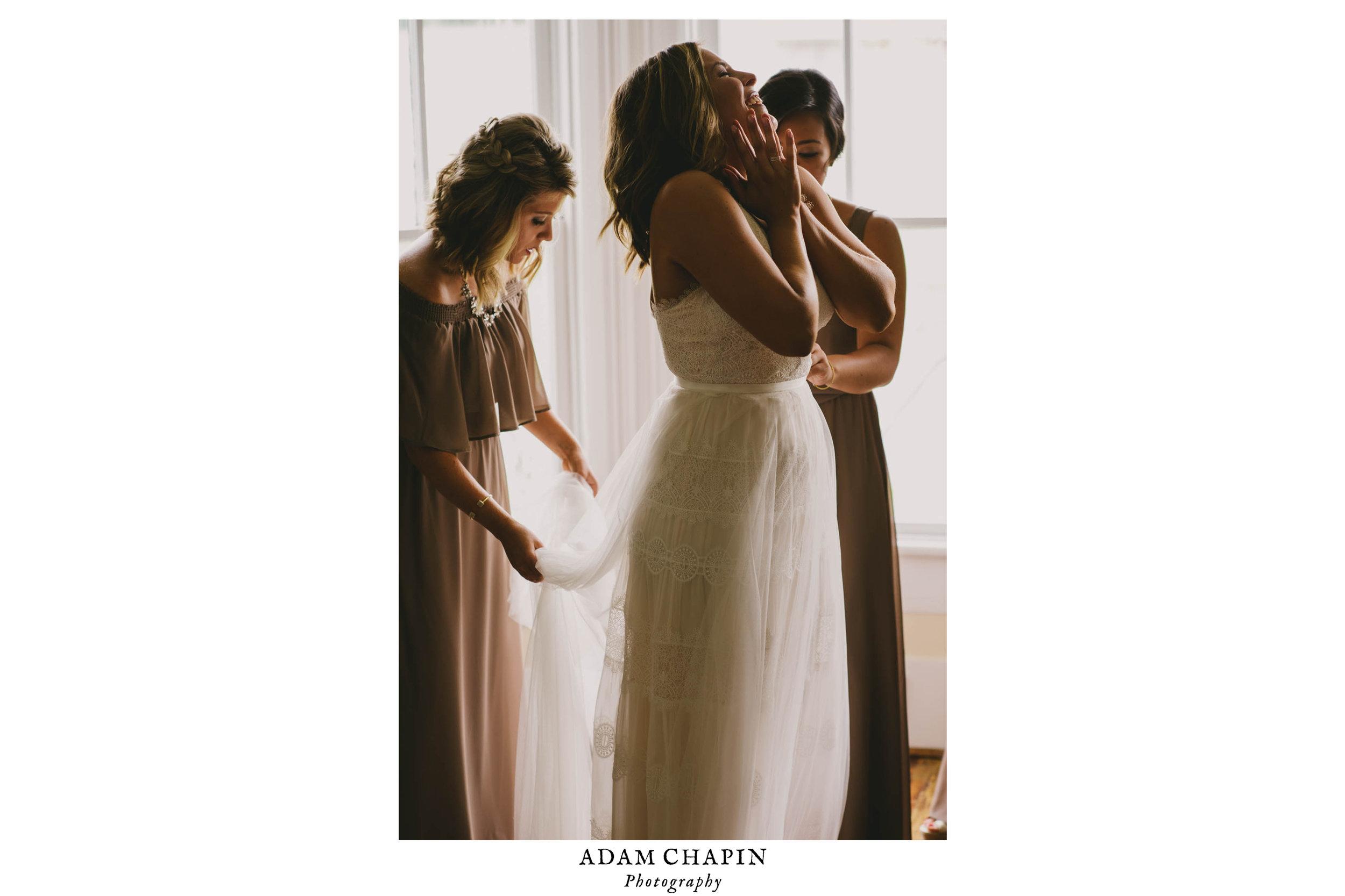 mims-house-wedding-bride-getting-ready-photo.jpg