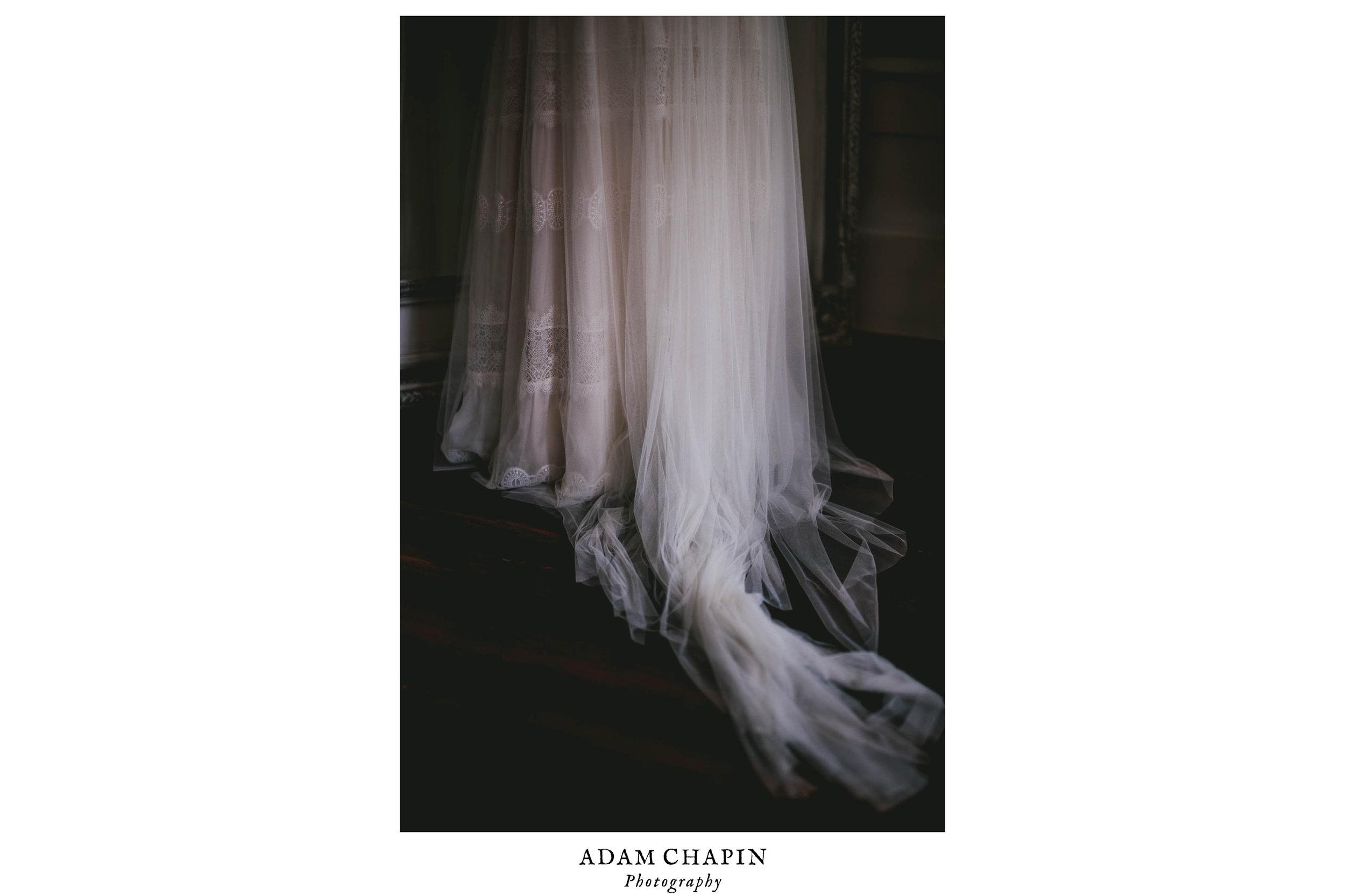 mims-house-wedding-brides-BHLDN-wedding-dress-details.jpg