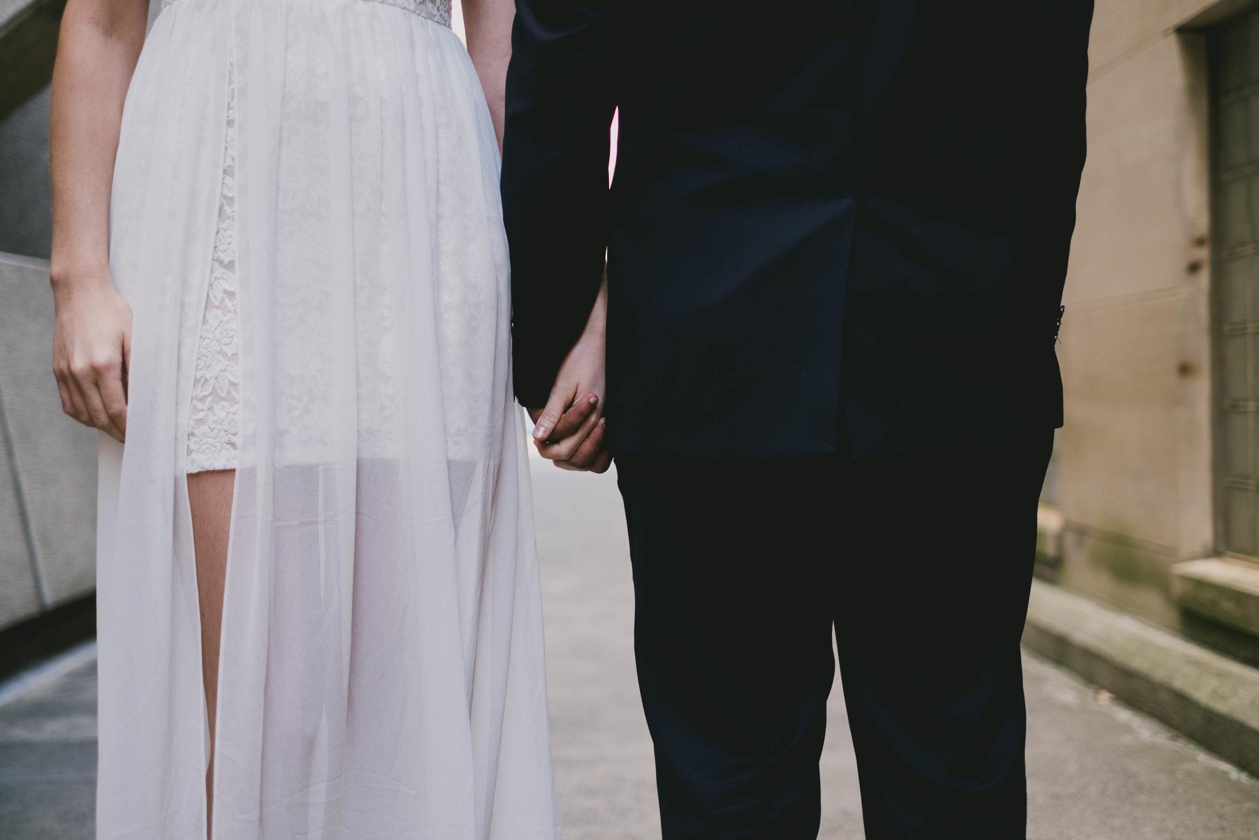 raleigh-elopement-detail-photo.jpg
