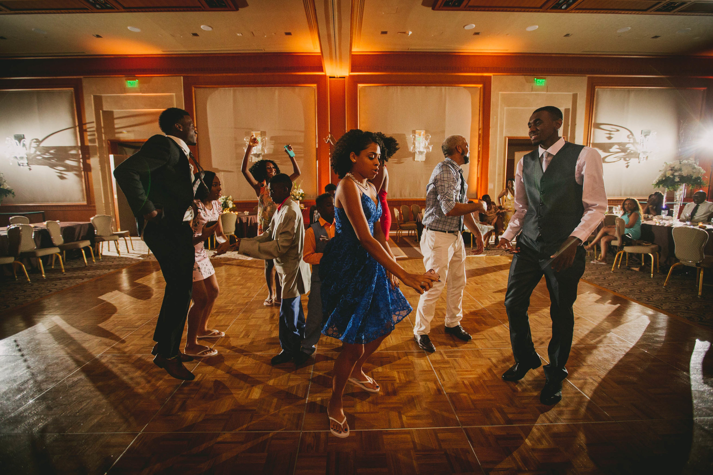 glamorousumsteadhotelweddingdothewobblephoto.jpg