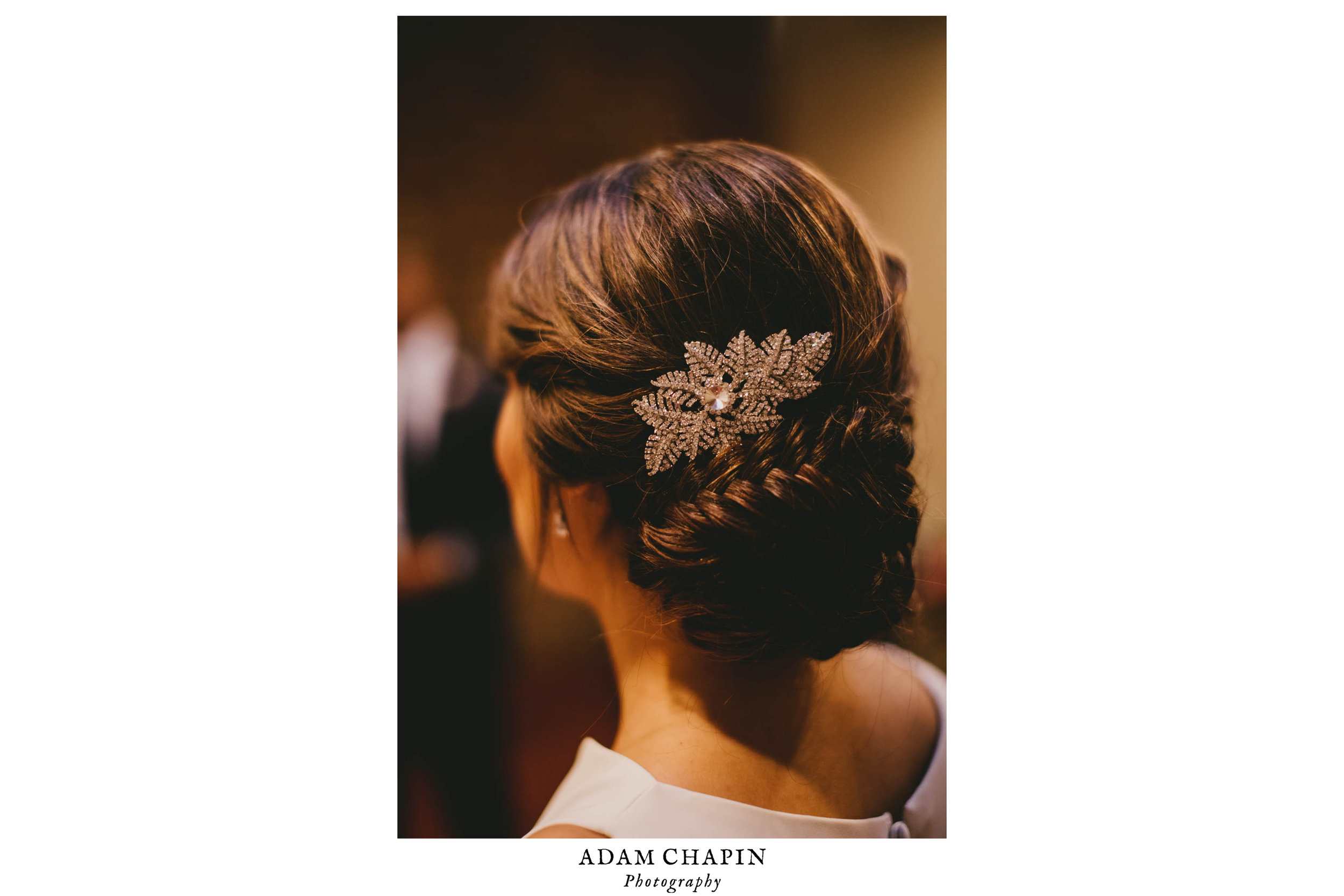 brides hair pin details