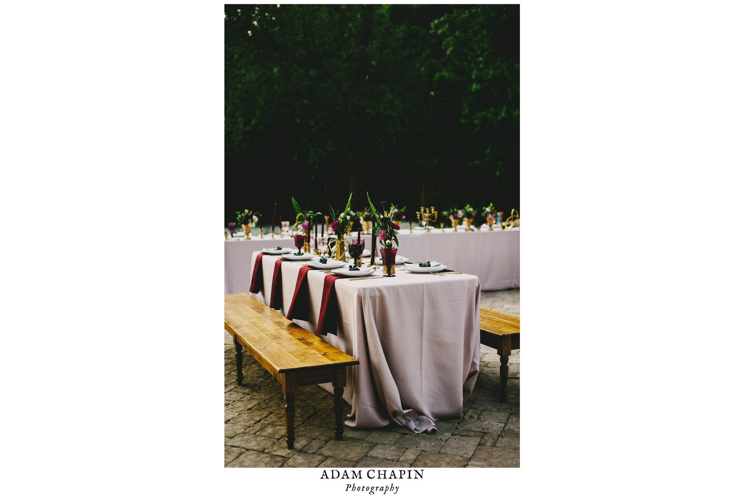 mad dash wedding table scape photo