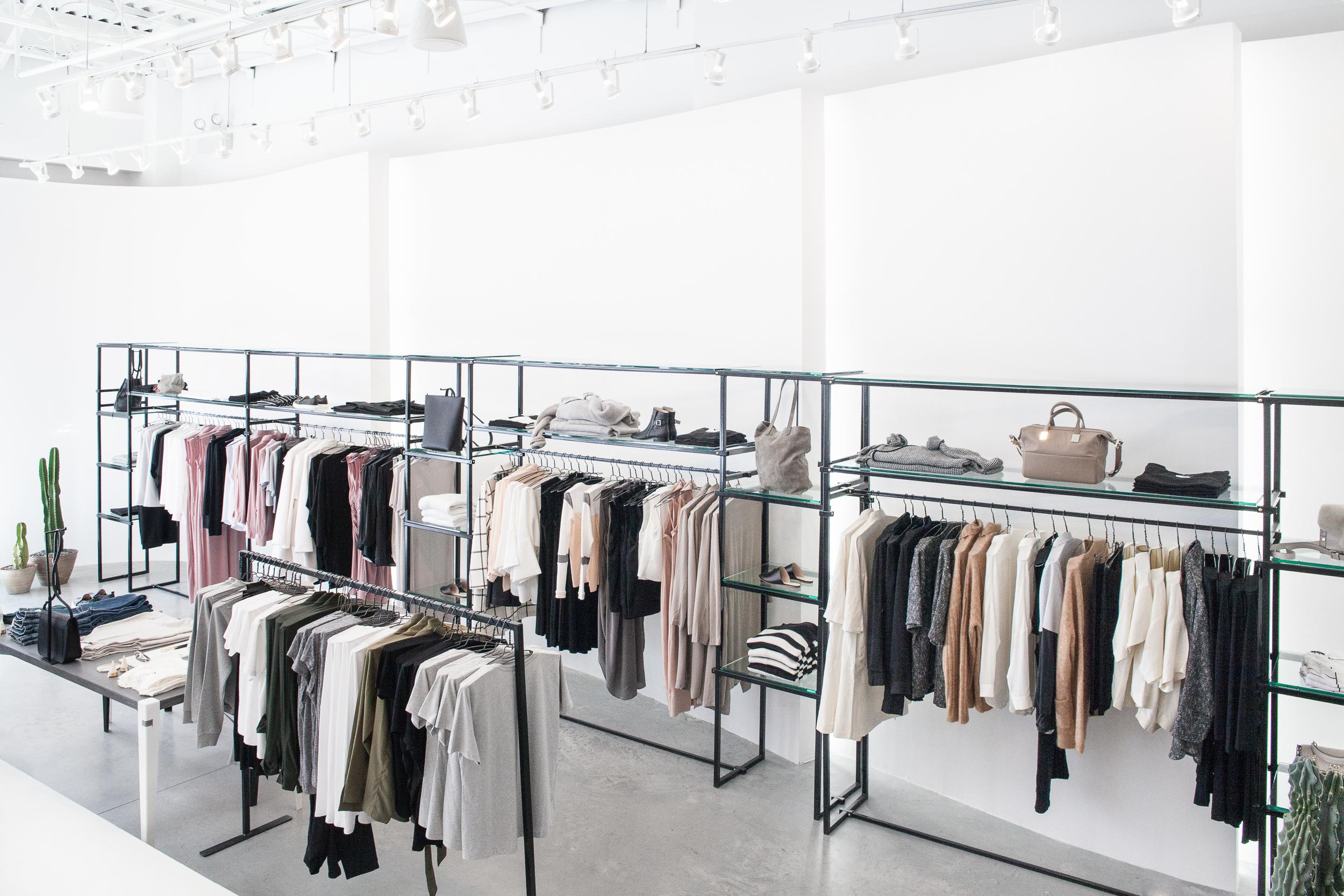 Anaphora-Shop4