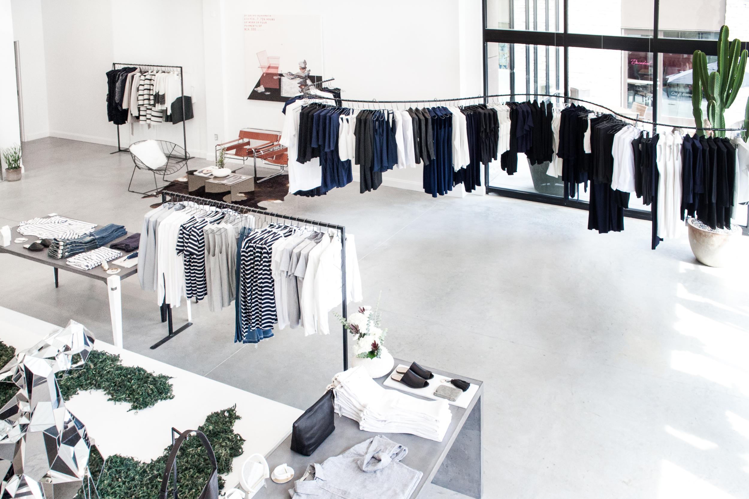 Anaphora-Shop3