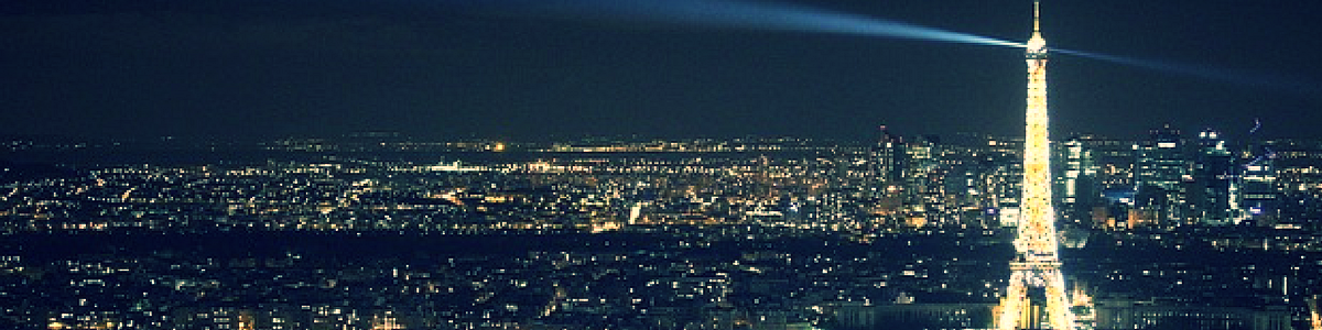 ...and soaking up the sparkles of La Tour Eiffel...