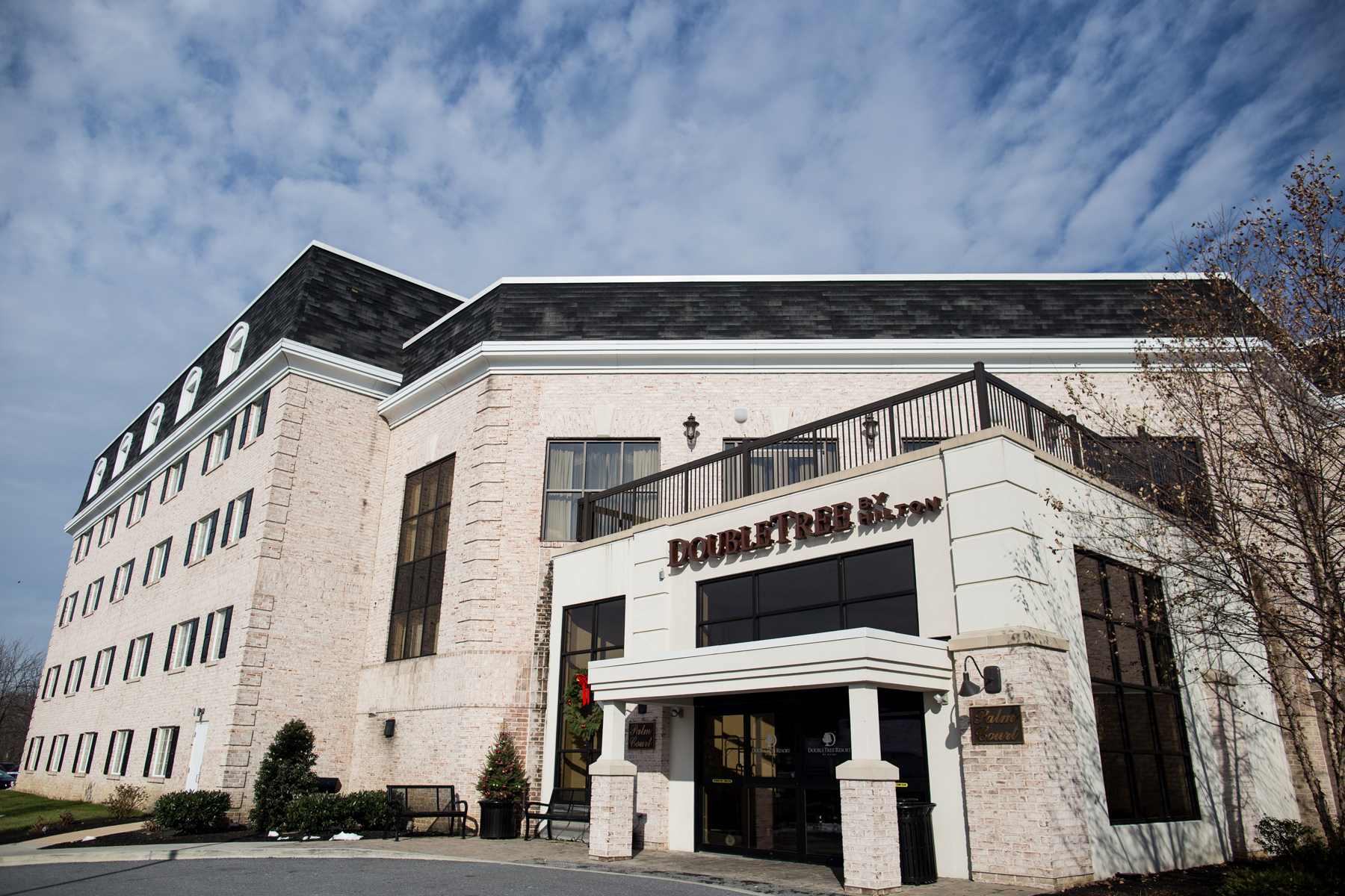 DoubleTree Resort - 2400 Willow Street Pike, Lancaster, PA 17602 |  (717) 464-2711