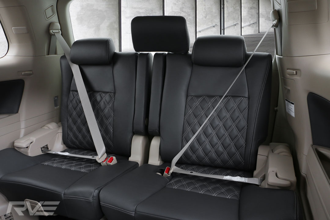Toyota-Vellfire-Interior-6.jpg