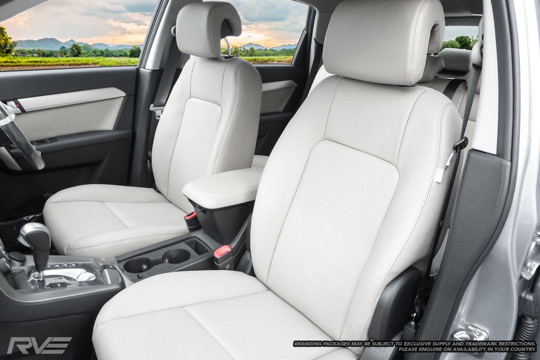Holden-Captiva-Interior-3.jpg