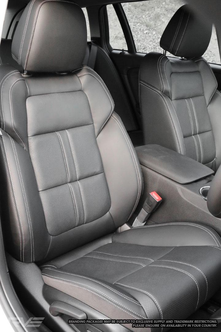 Holden-SV6-Interior-1.jpg
