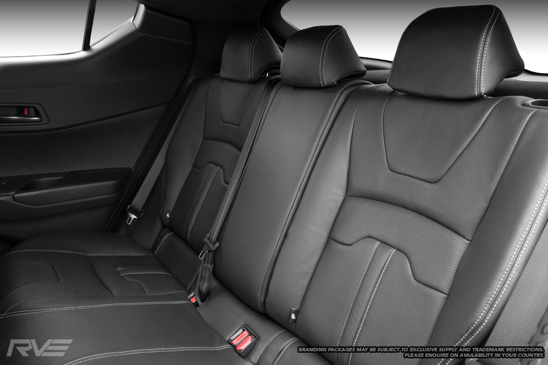 Standard seats in black leather, silver outer stitching and perforated inserts.