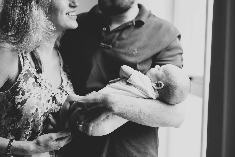 newborn_at_home_photo_session-15.jpg