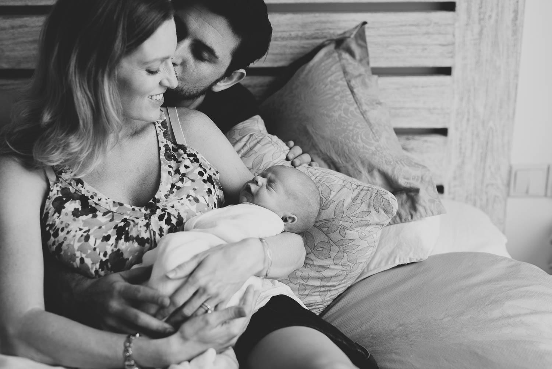 newborn_at_home_photo_session-18.jpg