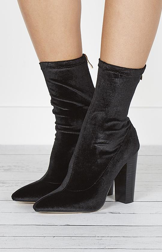 Odyssey Boot - Black Velvet  .jpg