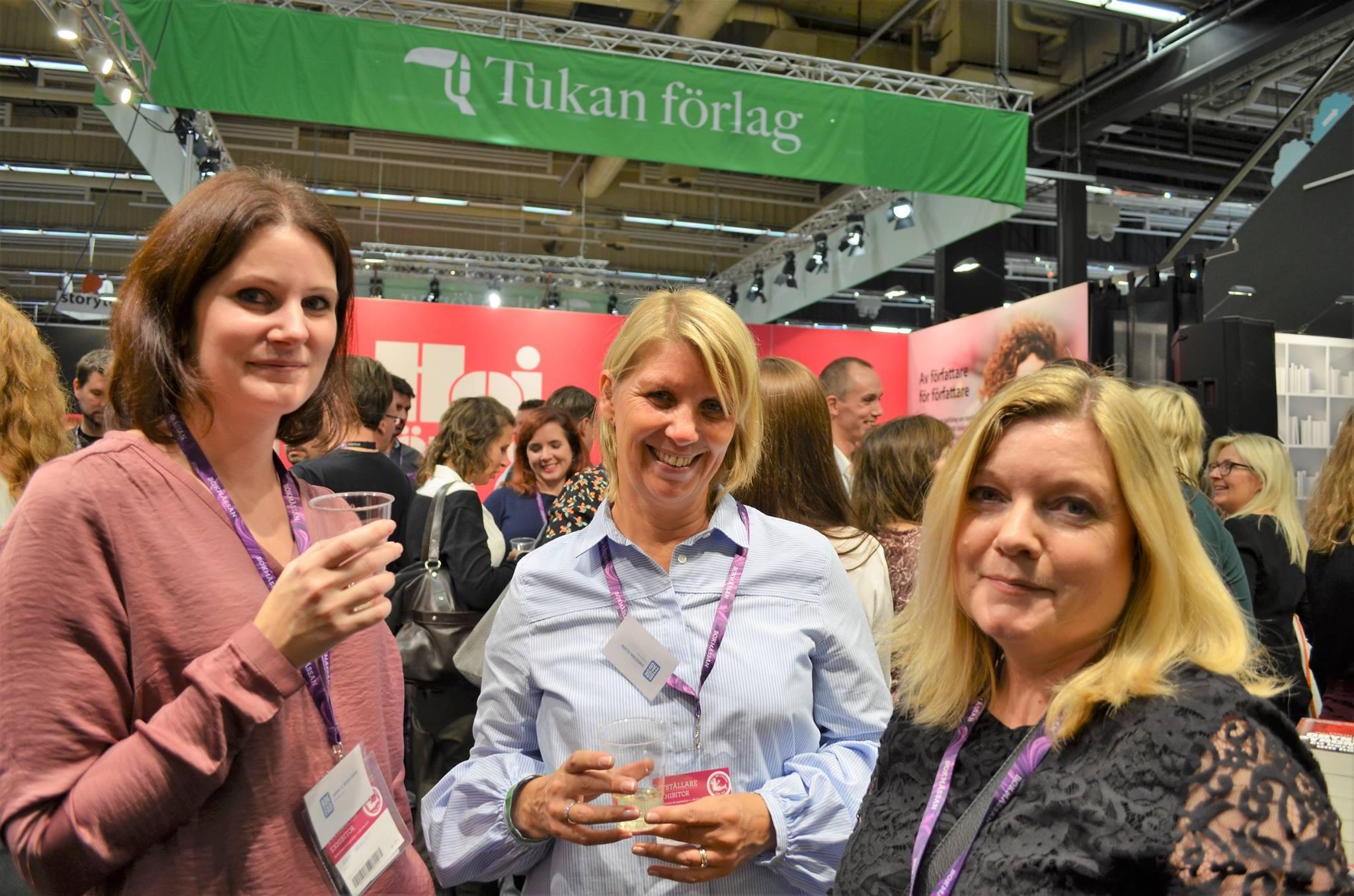 Hoi förlags montermingel, med Anna Wahlgren och Christina Olséni