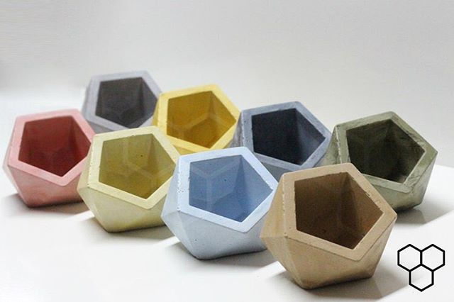 🌈 Our new GEO COLOR vases are now available online - Grab yours now before they are all Gone! GeometricFossils.com 🌈