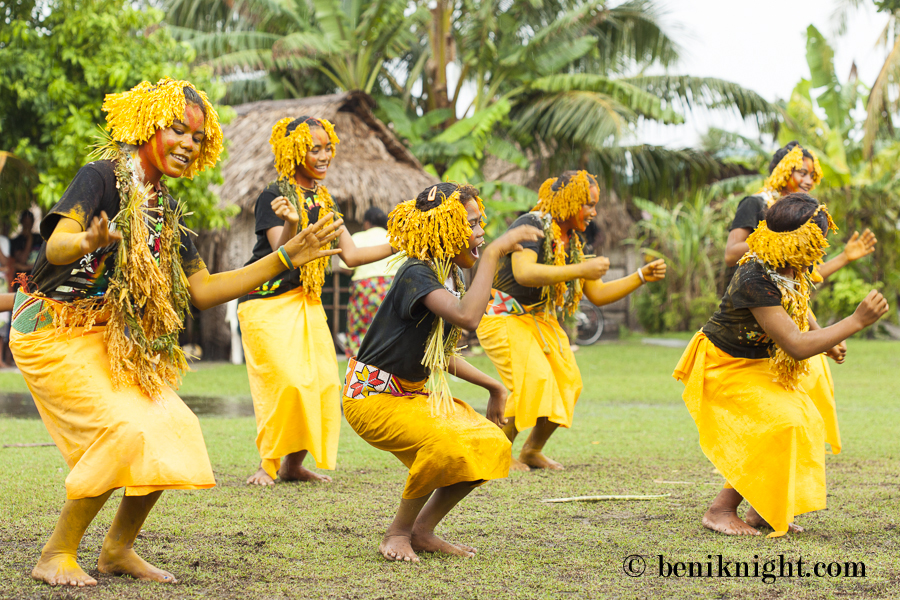 Traditional dance group. Pelau
