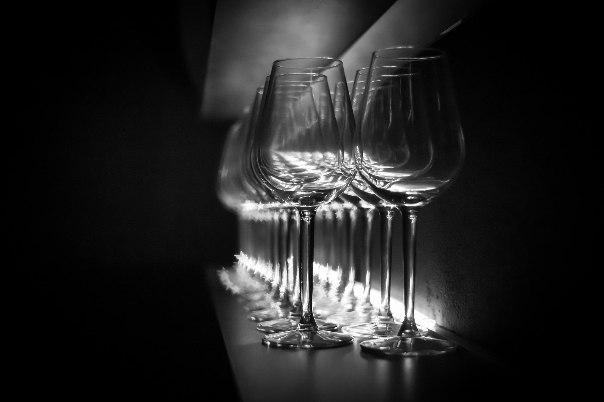 glasses-2971680_1920.jpg