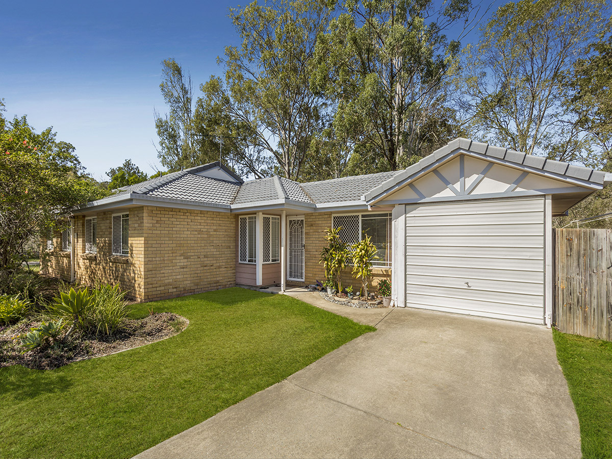 19 Melrose Place, Eagleby QLD 4207 - SOLD $260,000