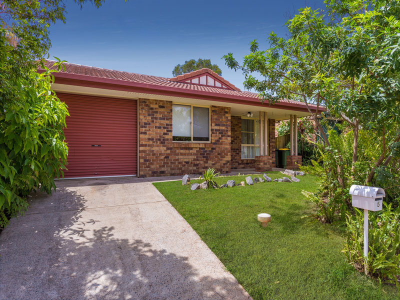 5 Carne Close, Eagleby QLD 4207 - SOLD $265,000