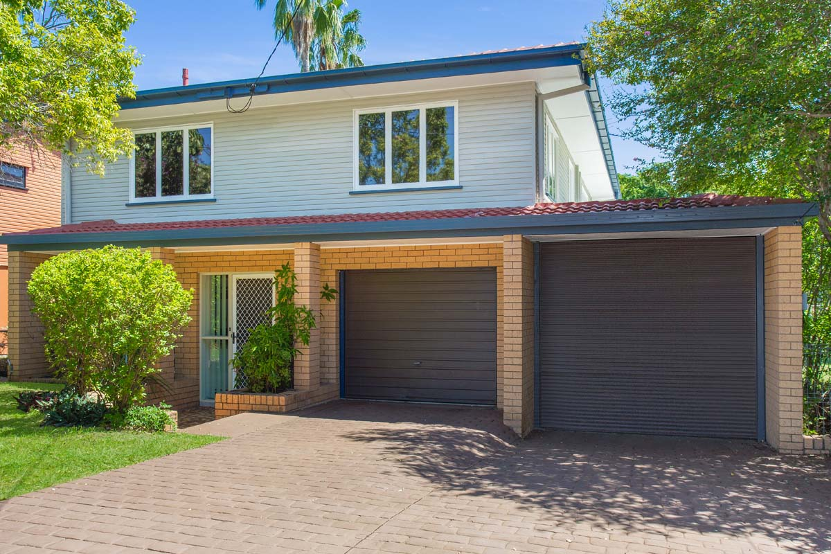 34 Desgrand Street, Archerfield QLD 4108 - SOLD $430,000