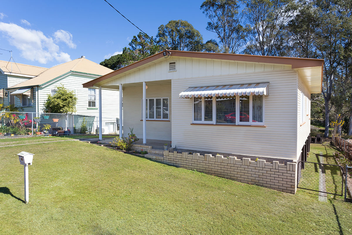 40 Sunshine Avenue, Tarragindi QLD 4121 - SOLD $505,000