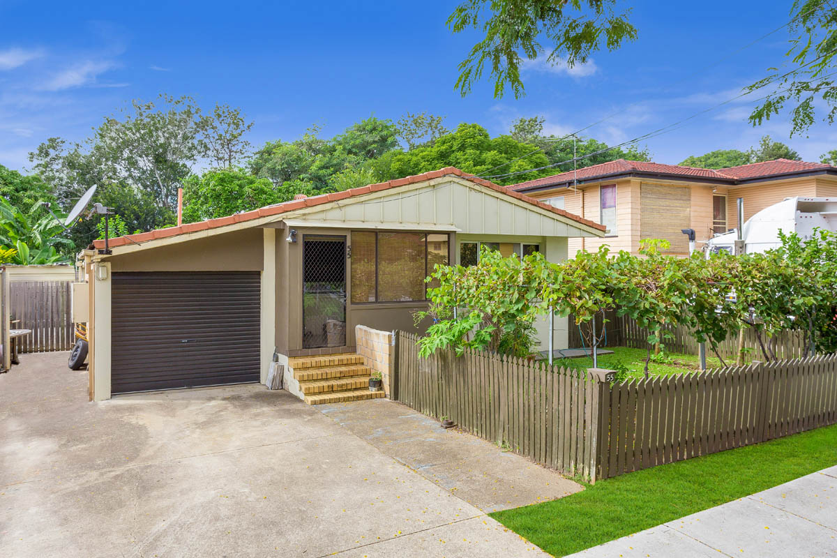 55 Desgrand Street, Archerfiled QLD 4108 - SOLD $345,000