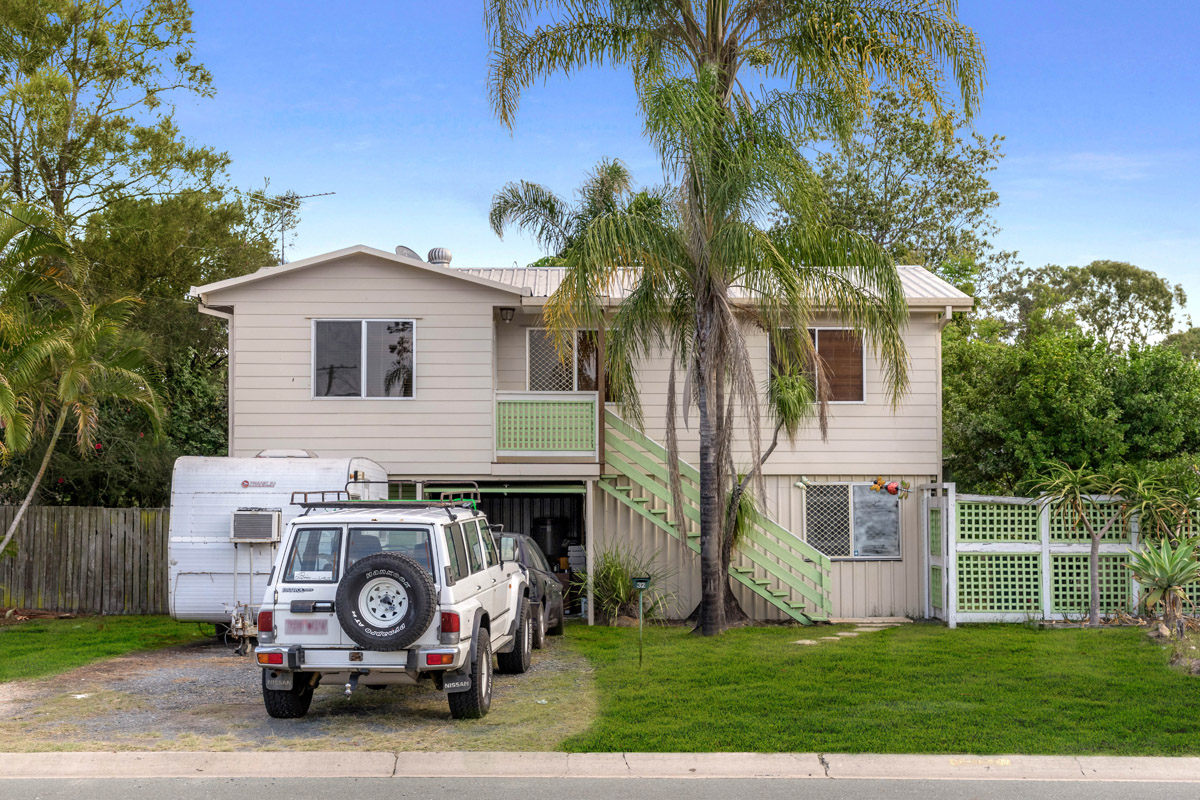 32 Rinto Drive, Eagleby QLD 4207 - SOLD OFF-MARKET $308,000