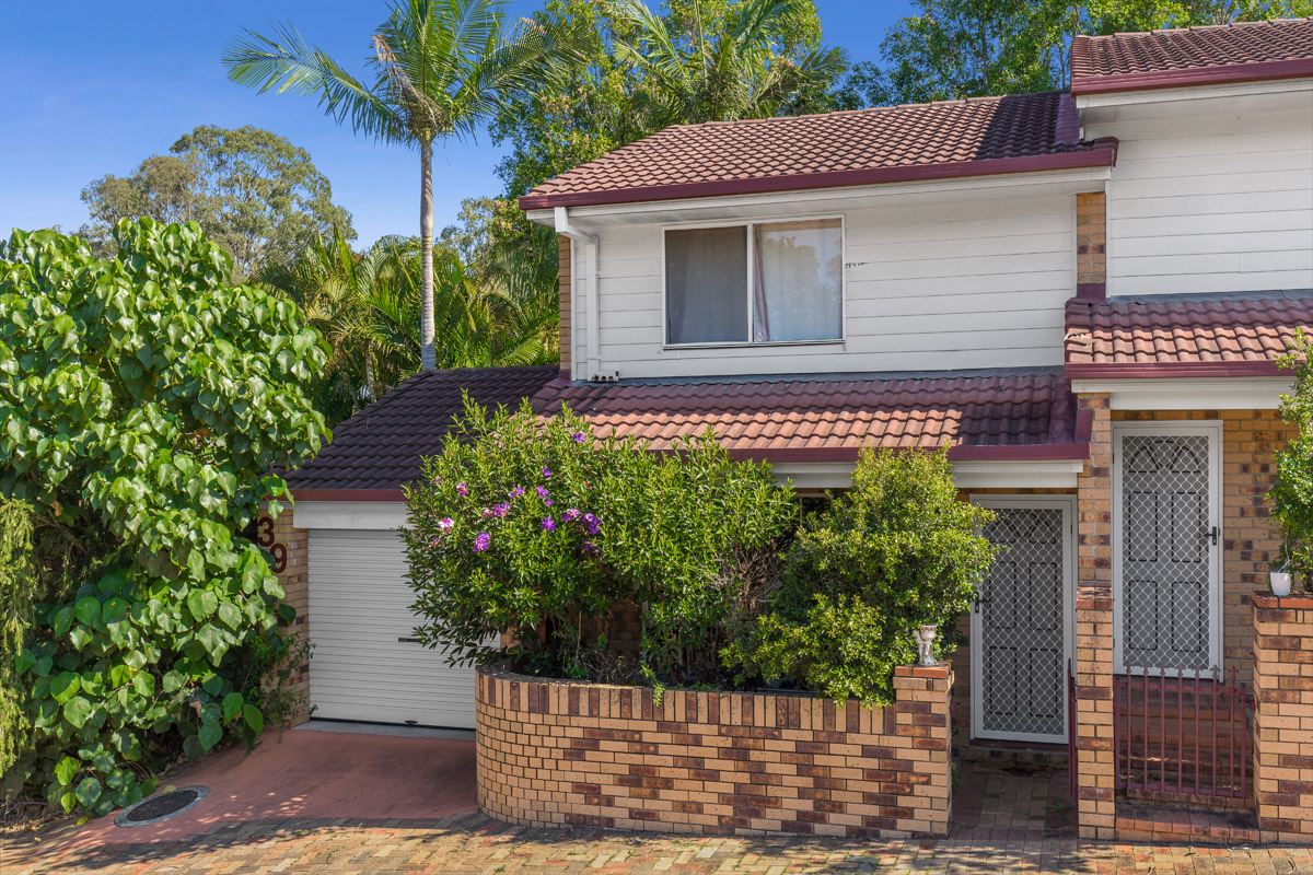 39/3809 Pacific Highway, Tanah Merah QLD 4128 - SOLD OFF-MARKET $214,500