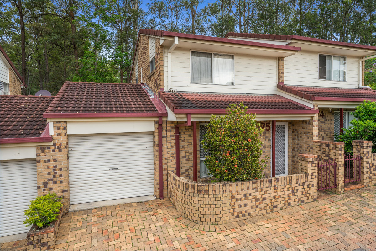 75/3809 Pacific Highway, Tanah Merah QLD 4128 - SOLD OFF-MARKET $215,000