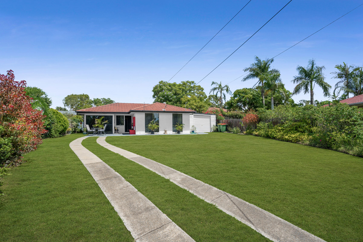 31 Maurice Court, Eagleby QLD 4207 - SOLD OFF-MARKET $308,000