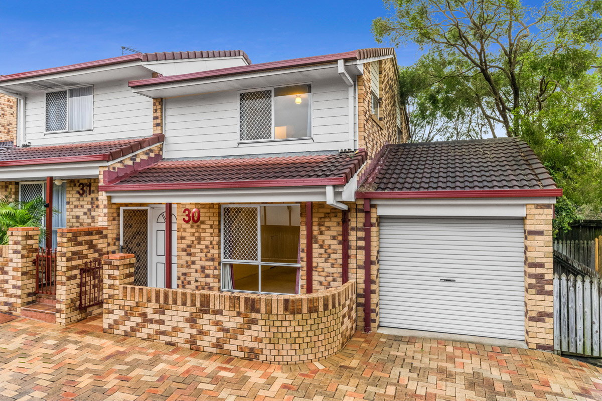 30/3809 Pacific Highway, Tanah Merah QLD 4128 - SOLD OFF-MARKET $215,000