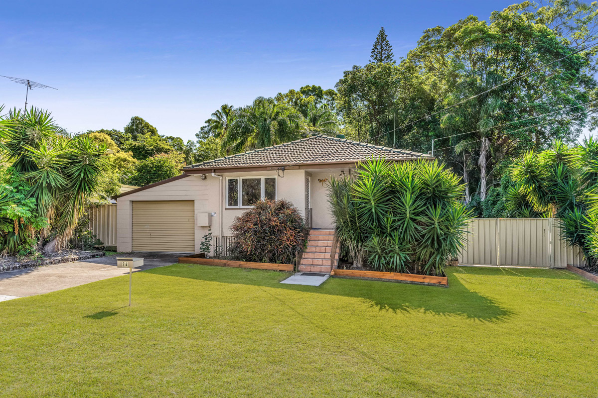 24 Augustus Street, Kingston QLD 4114 - SOLD $318,500