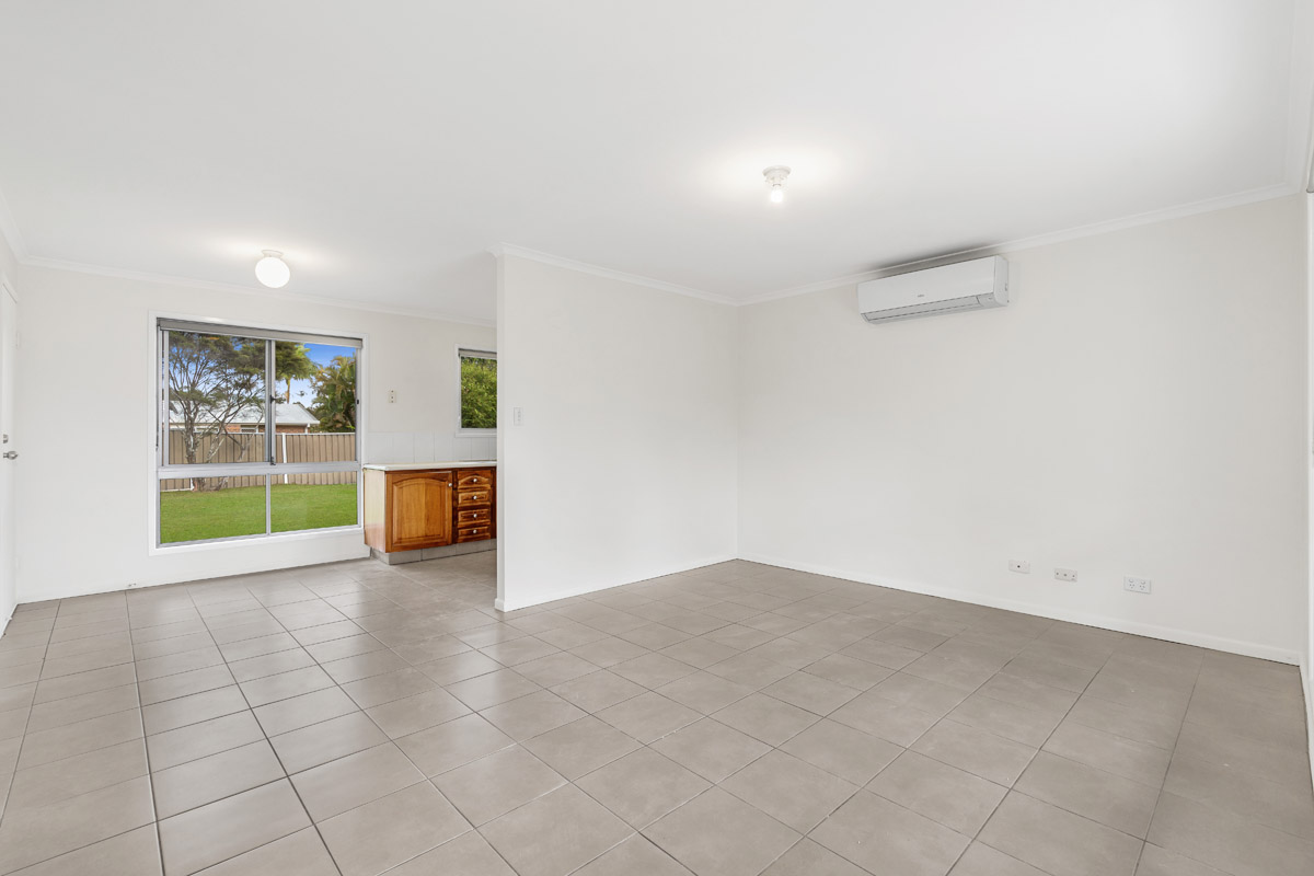 24 Shmidt Road, Eagleby - (11)(Web).jpg