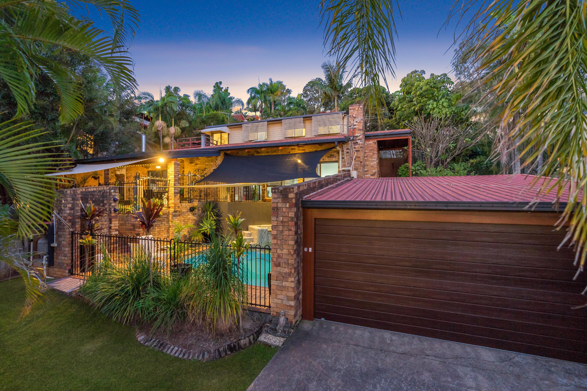 9 Pictum Street, Shailer Park QLD 4128 - SOLD $582,500