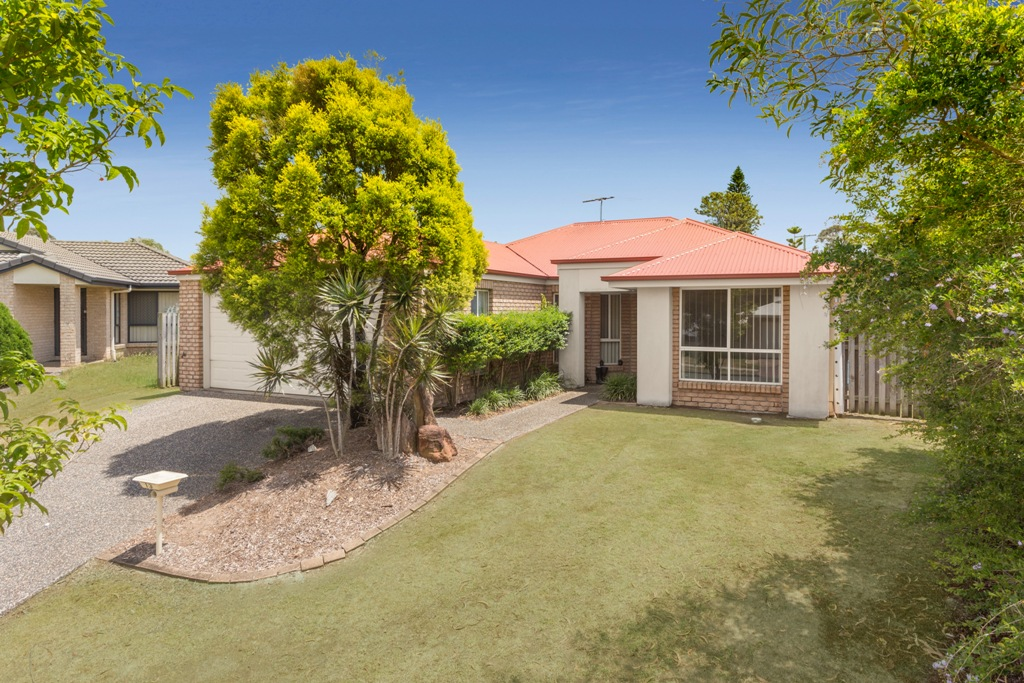 13 Rebecca Circuit, Eagleby QLD 4207 - SOLD OFF-MARKET $370,000