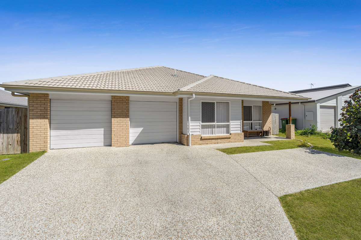 8 Bruce Baker Crescent, Crestmead QLD 4132 - SOLD $477,000
