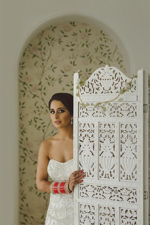 0.3.3.2 English Sikh Bride Asian Indian Bride Sikh Wedding Punjabi1.jpg