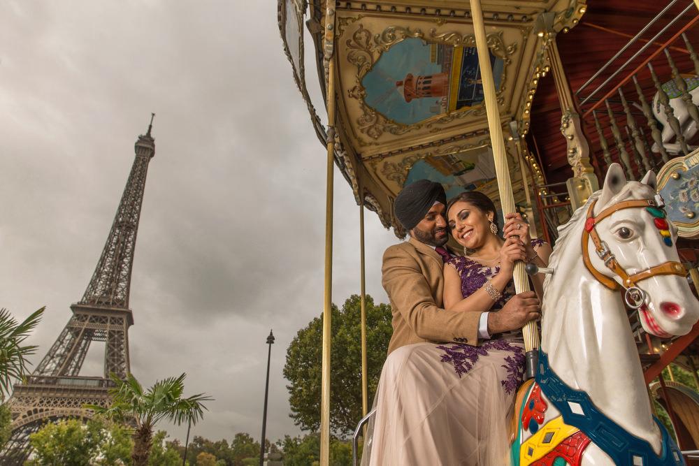 4. Paris Pre Wedding Anniversary Pre Wedding Engagement Shoot  - Eiffel Tower, Carousel.jpg