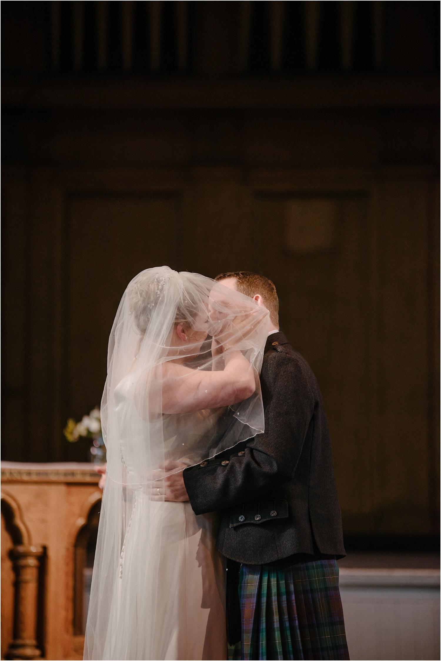 Edinburgh-wedding-photographer-Central-Hall_0029.jpg