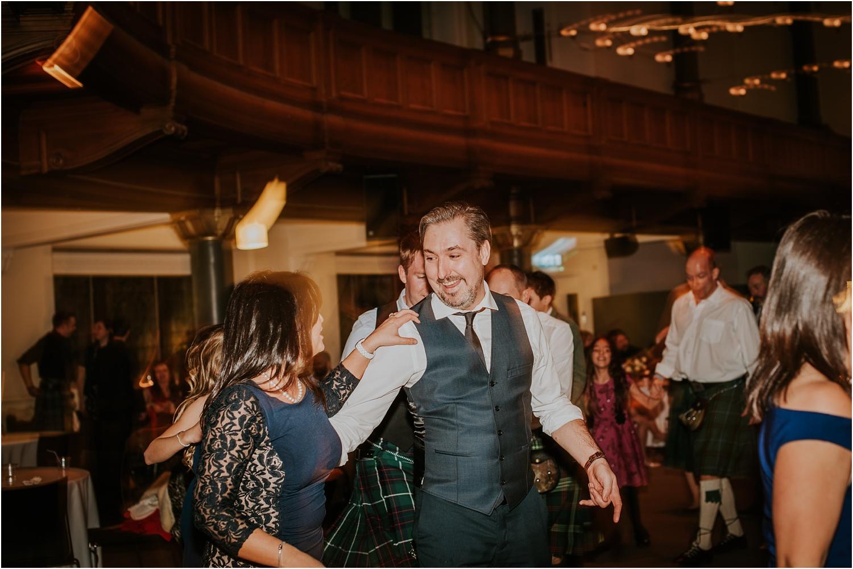 Edinburgh-wedding-photographer-Central-Hall_0079.jpg