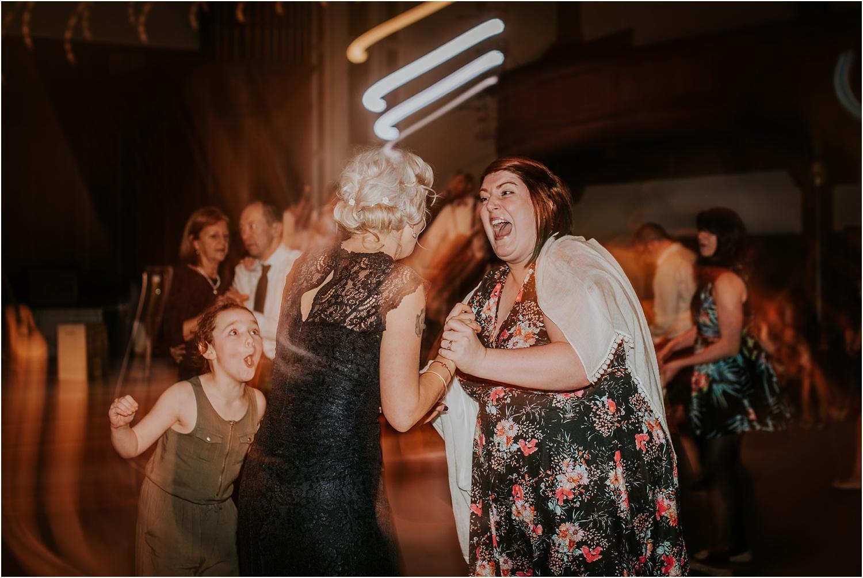 Edinburgh-wedding-photographer-Central-Hall_0081.jpg