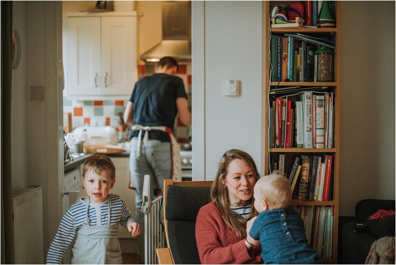 Edinburgh-Family-Photographer_TheMontgomerys_0011.jpg