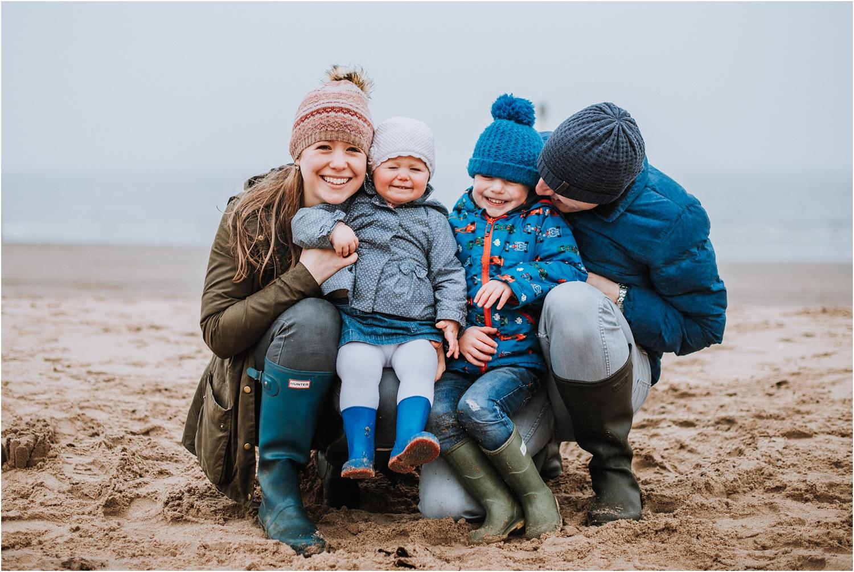 Edinburgh-Family-Photographer_TheMontgomerys_0040.jpg