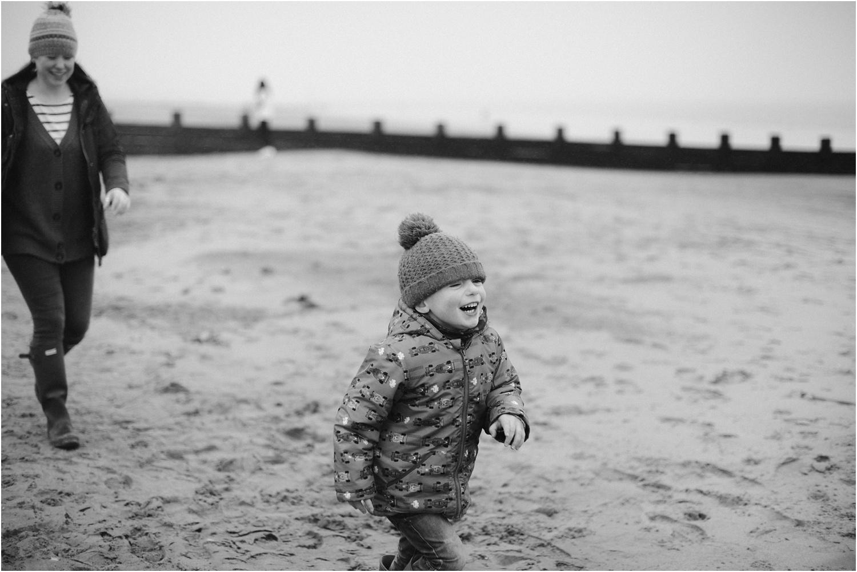 Edinburgh-Family-Photographer_TheMontgomerys_0043.jpg