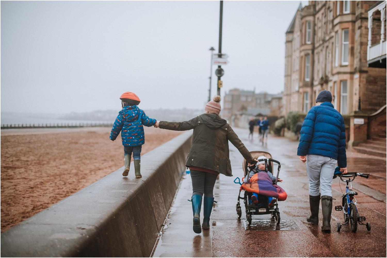 Edinburgh-Family-Photographer_TheMontgomerys_0049.jpg
