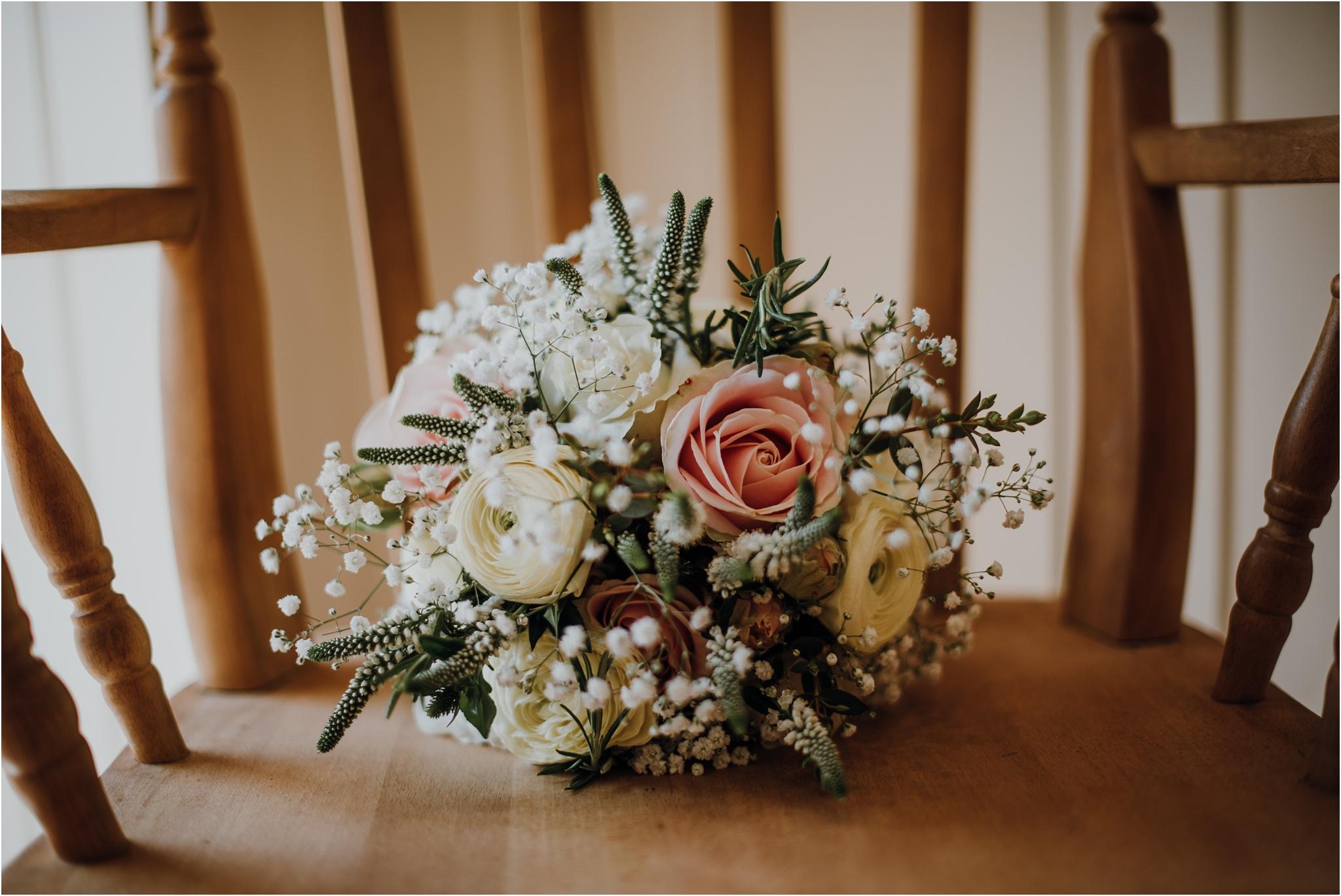 Outdoor-country-wedding-Edinburgh-photographer__0024.jpg