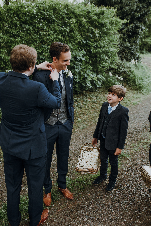 Outdoor-country-wedding-Edinburgh-photographer__0051.jpg