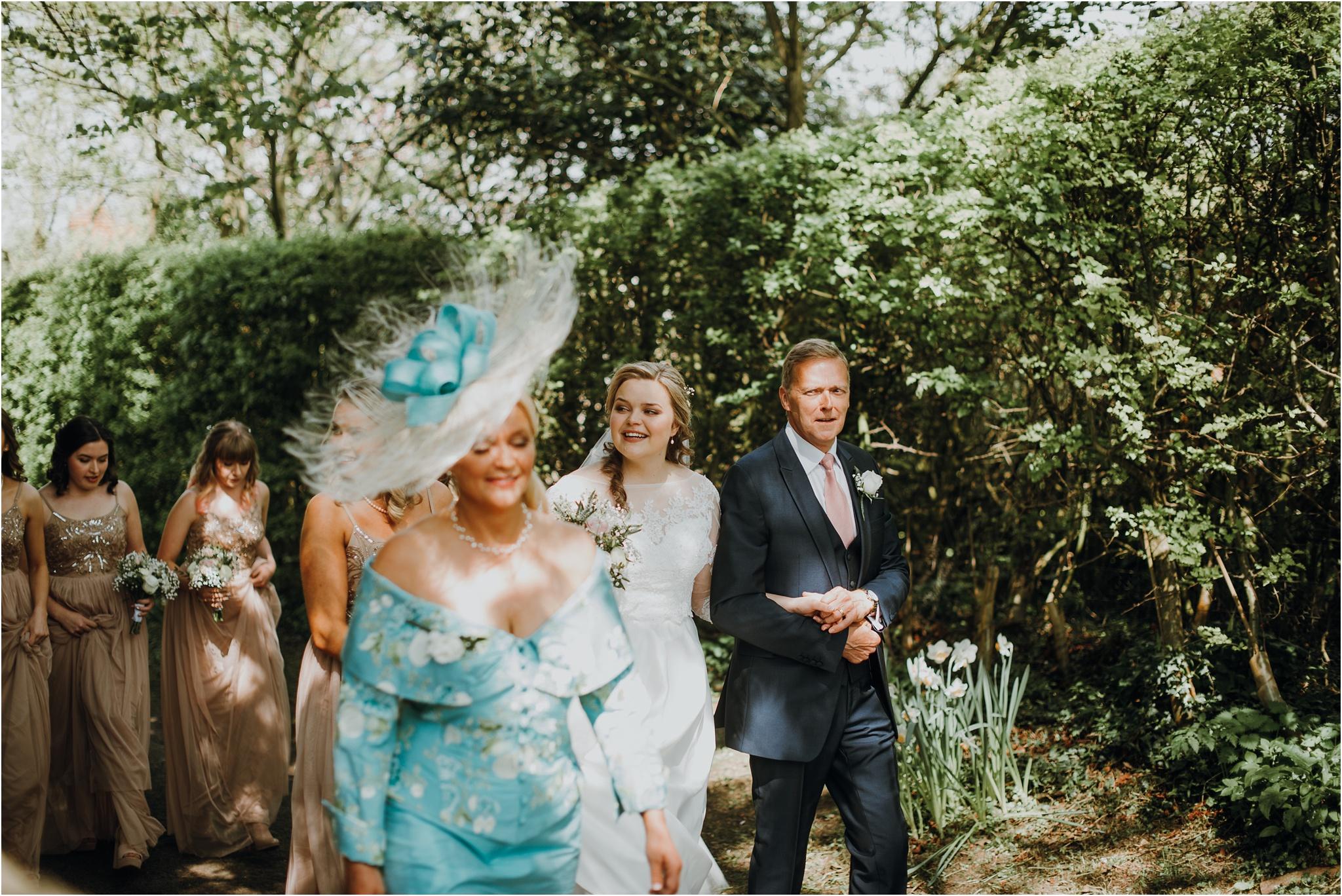 Outdoor-country-wedding-Edinburgh-photographer__0060.jpg