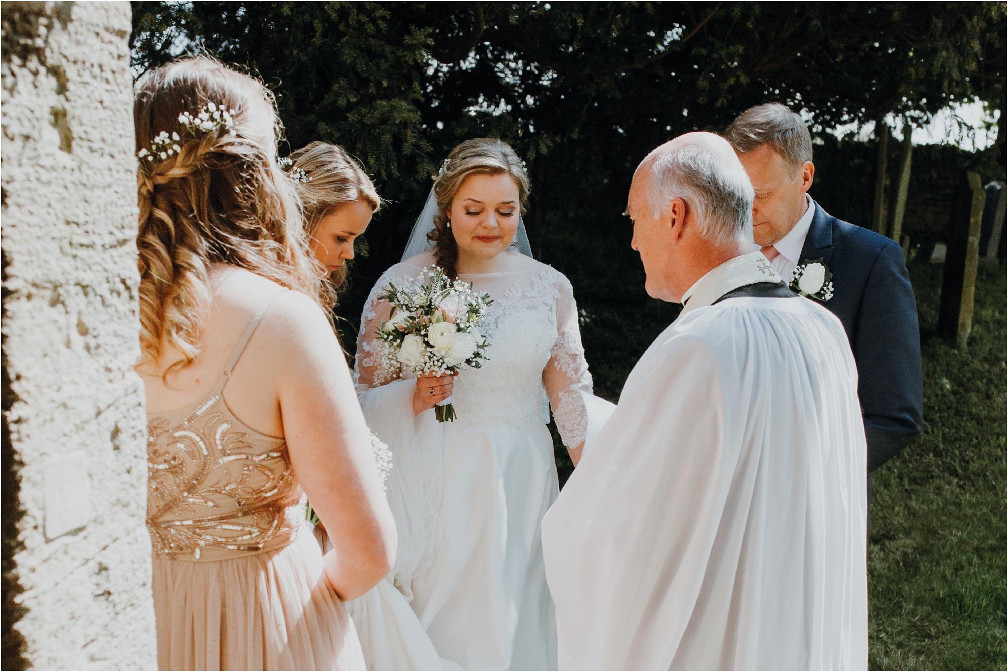 Outdoor-country-wedding-Edinburgh-photographer__0062.jpg