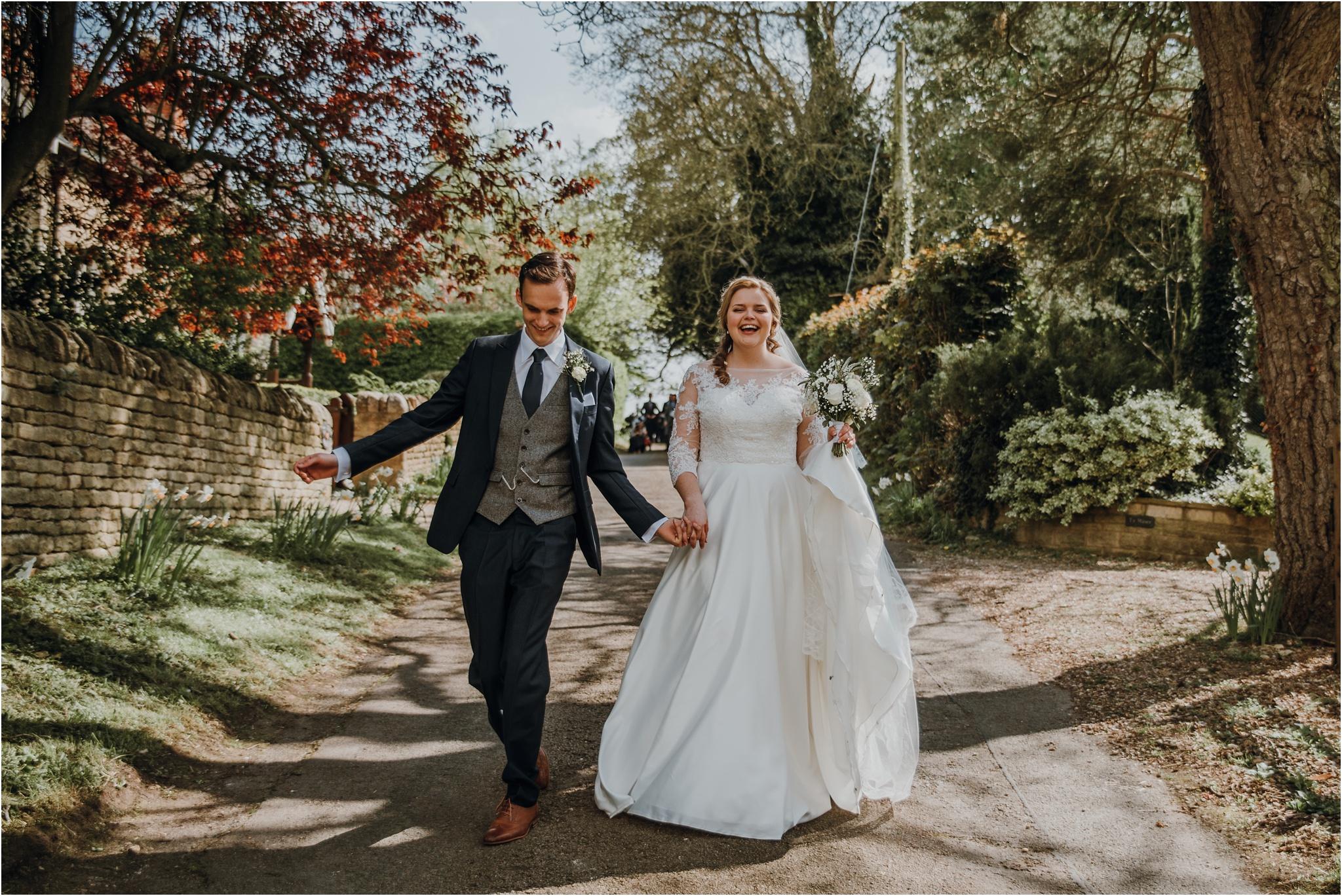 Outdoor-country-wedding-Edinburgh-photographer__0079.jpg